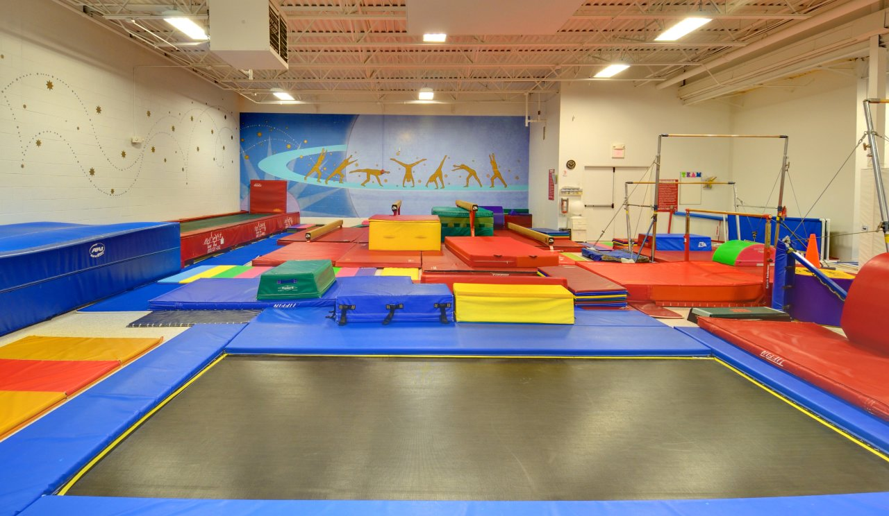 Main Gym 1 - Trampoline and Logo Mural